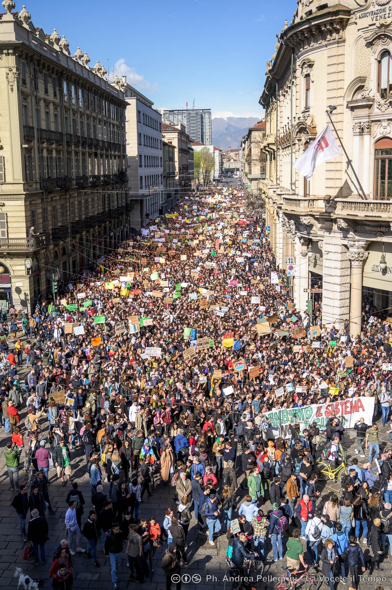 2019.03.15.Manifestazione.Fridays.For_.Future.Piazza.Arbarello-Palazzo.di_.Città-Castello-Torino-5835